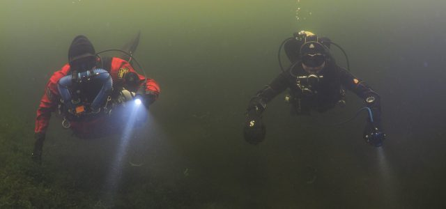 Bootduiken in Vinkeveen