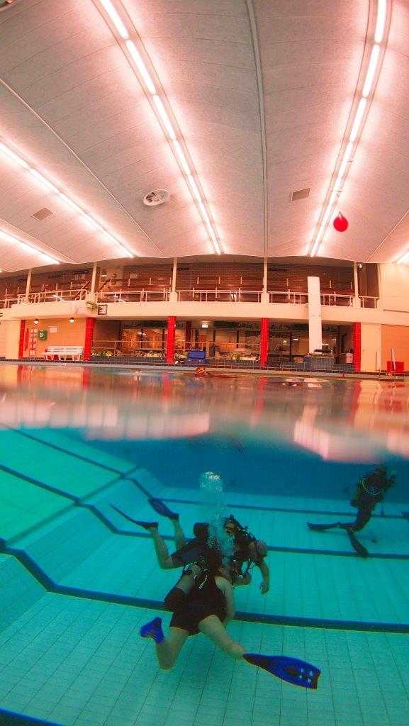 Zwembadtraining_Foto-filmteam_Half-half opname